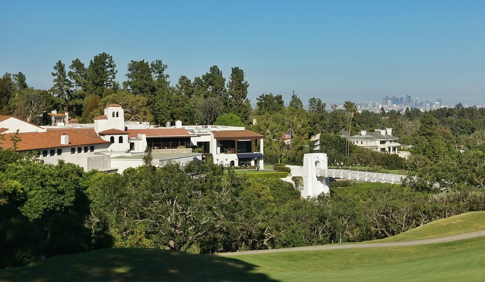 The Bel-Air Clubhouse and LA Skyline Photo Credit: Jon Cavalier @linksgems