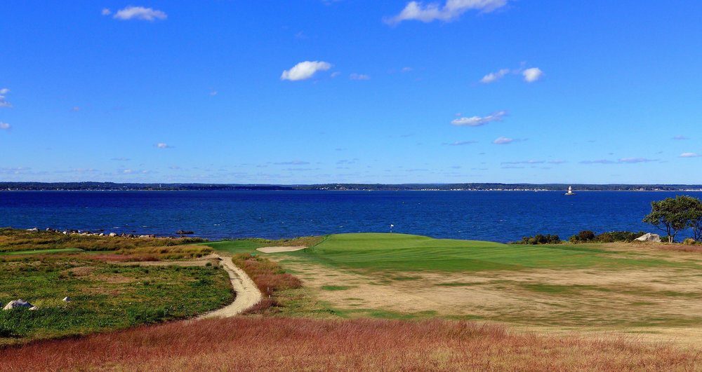 The approach to the double plateau 9th at Fishers Island Photo Credit: Jon Cavalier @linksgems