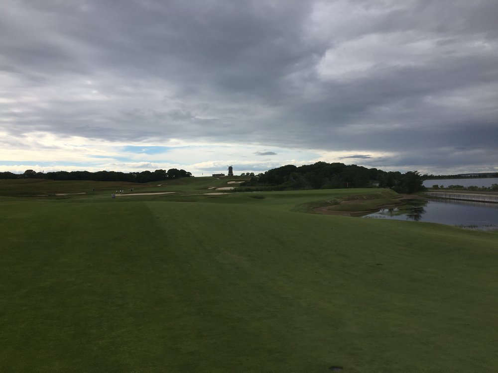 The 14th green at National Golf Links of America