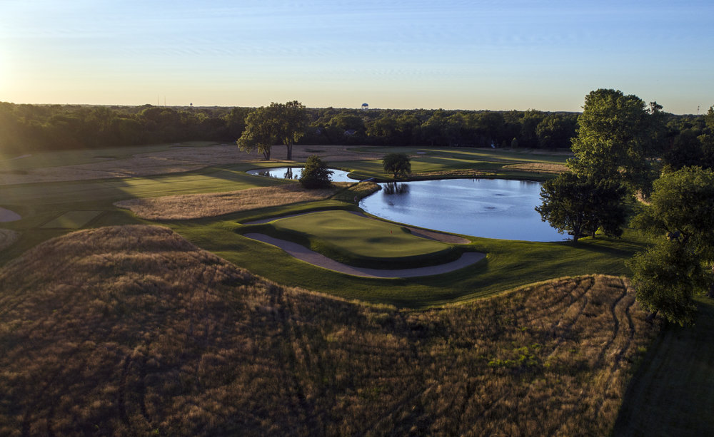 An aerial look at Chicago Golf Club's 10th hole shows the many undulations in the large green.
