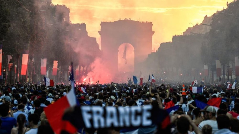 Will a different Red White & Blue banner be waving in Parisian streets come September?