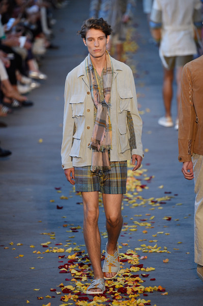 Missoni+Runway+Milan+Collections+Men+SS16+As2sokL3NhTl.jpg