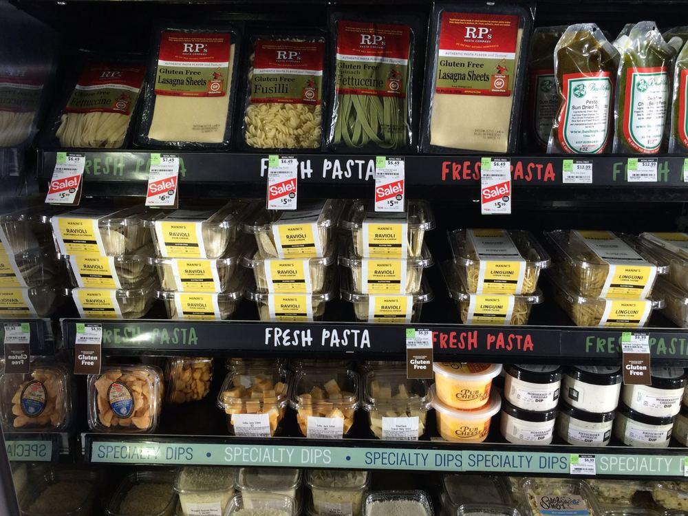 Mano mėgstamiausia lentyna. Šviežūs(!)makaronai, Ravioli ir lazanijos lakštai be gliuteno :)