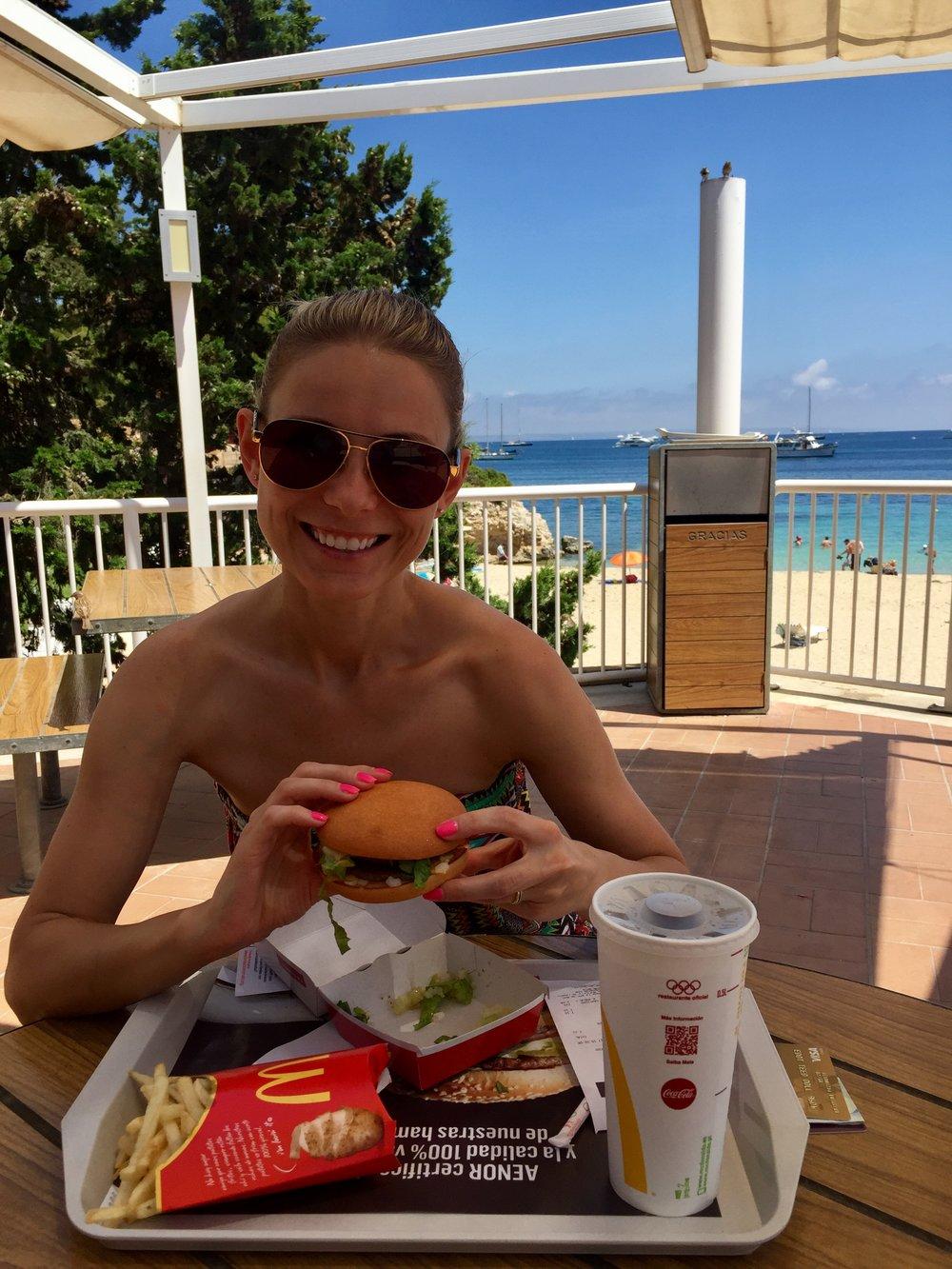 McDonald's Maljorkoje. Burgeris be gliuteno.
