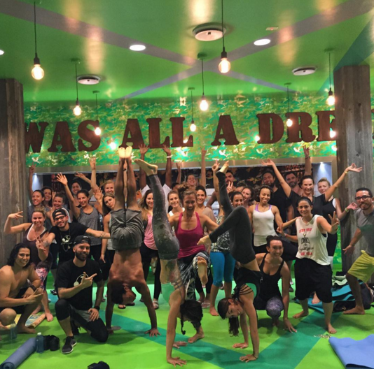 They have a weekly FREE Yoga series,  YOGA DE BARRIO  in all of their different locations, with amazing instructors and high vibrations. The best part, is you can hydrate with any of their delicious juices afterwards.