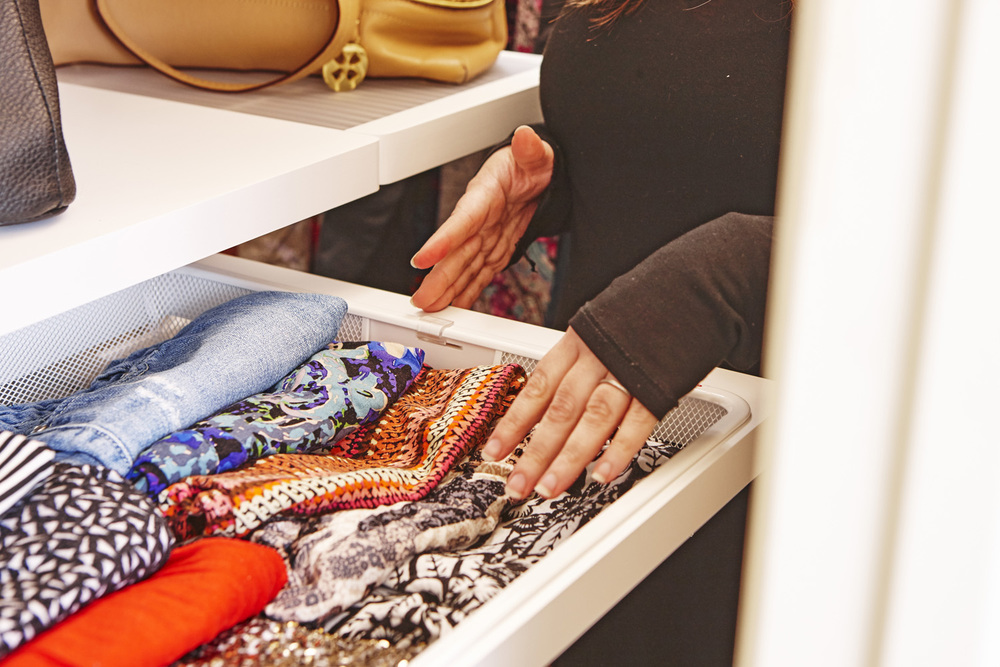 Closet1_200.jpg