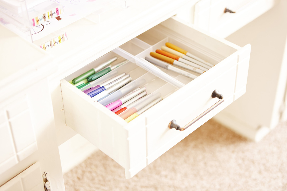 Living Room Cabinets_Drawers_014.jpg