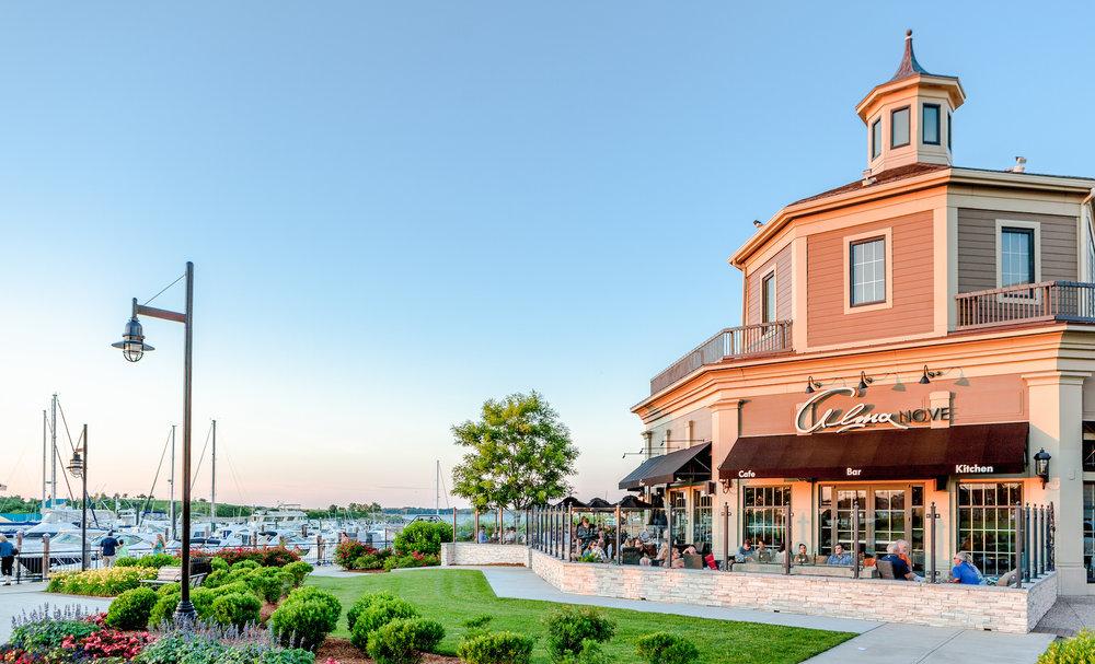 Lighthouse Seaside Restaurant, MA