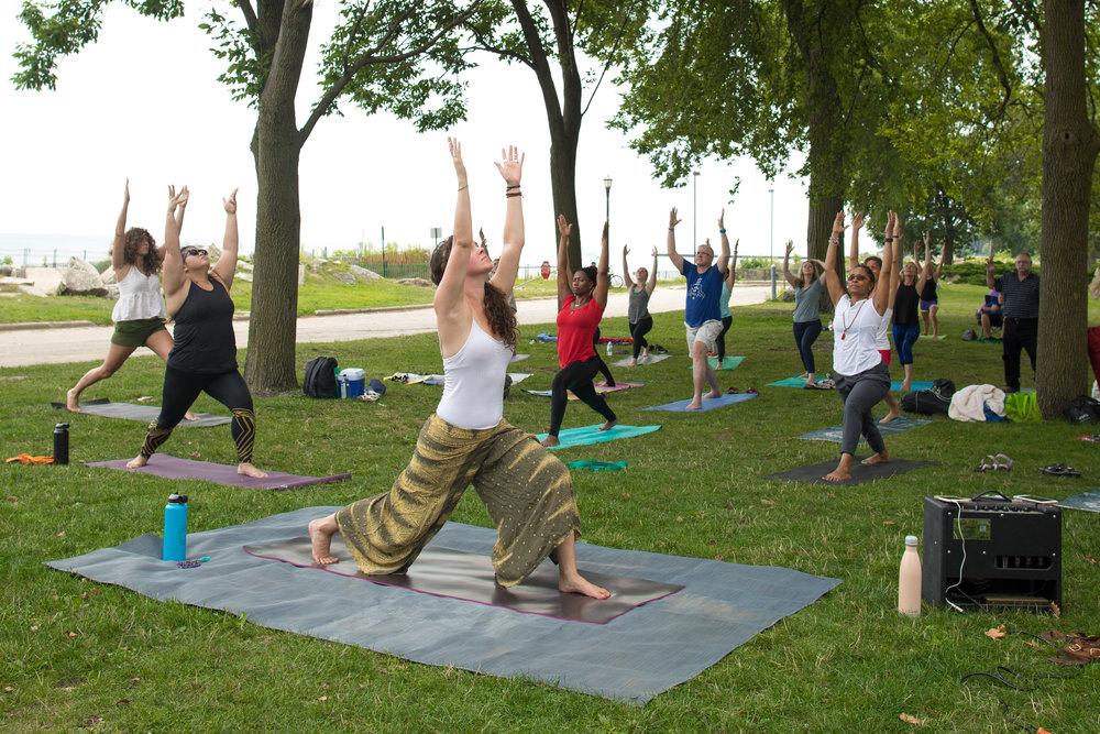 IB_eclipse_yoga_web-5.jpg