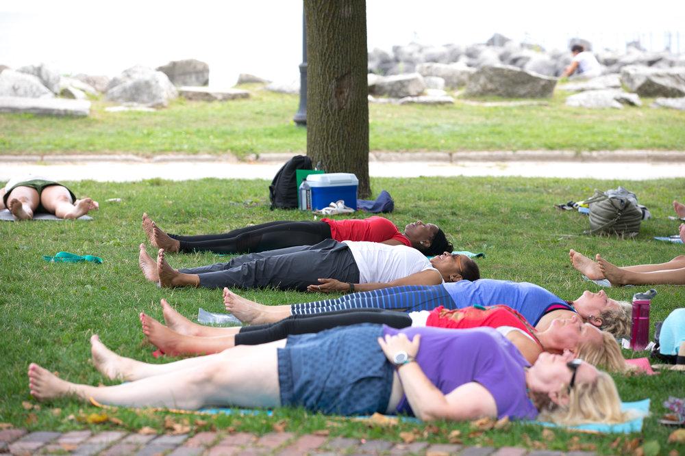 IB_eclipse_yoga_web-13.jpg