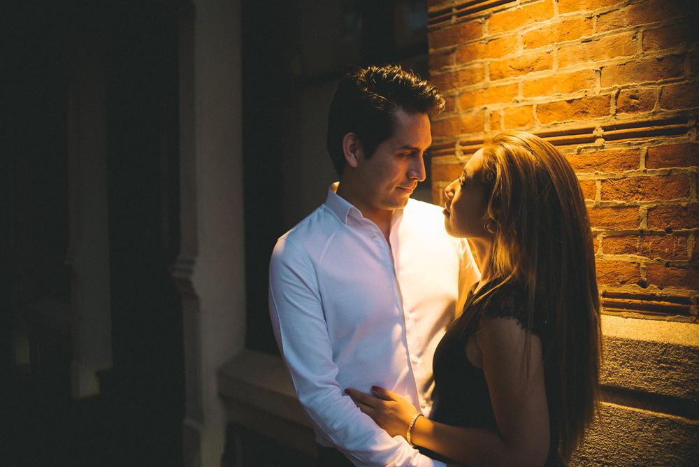 Old-City-Philadelphia-Engagement-Peaberry-Photography-Pennsylvania-Wedding-Photographer-040.jpg