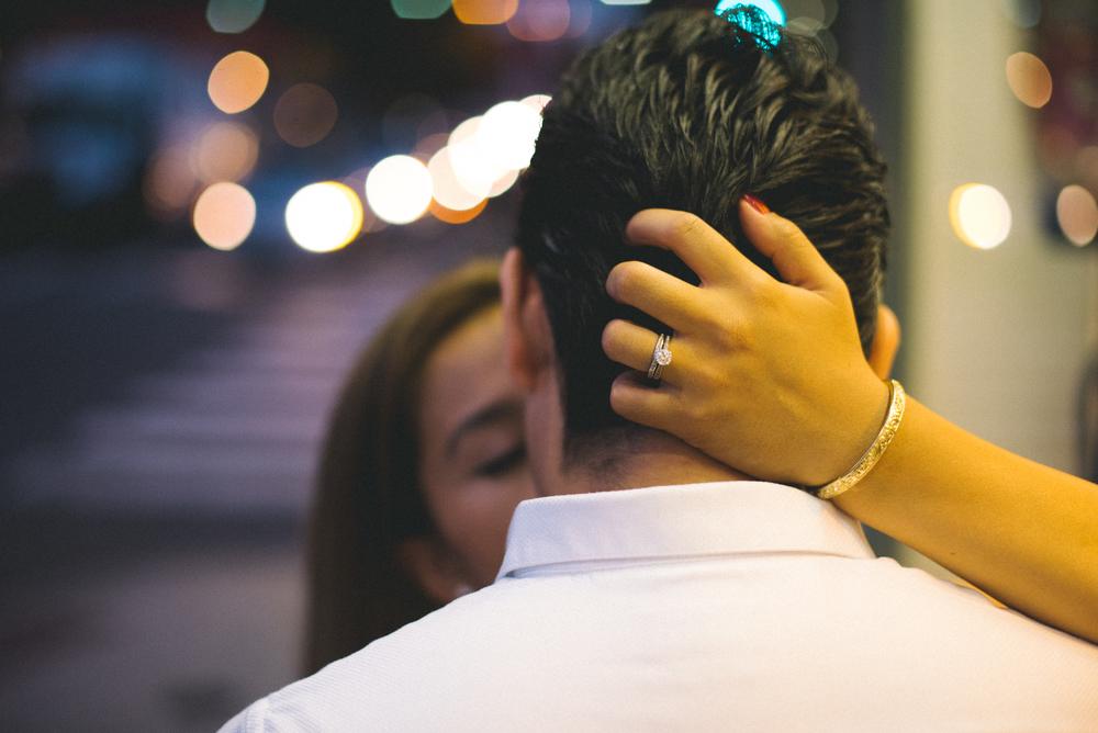 Old-City-Philadelphia-Engagement-Peaberry-Photography-Pennsylvania-Wedding-Photographer-044.jpg