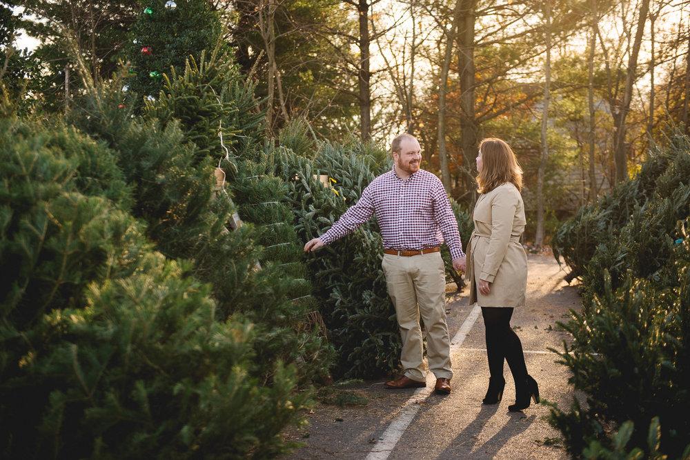 Lansdale-pennsylvania-engagement-photographer-the-rhoads-garden1.jpg
