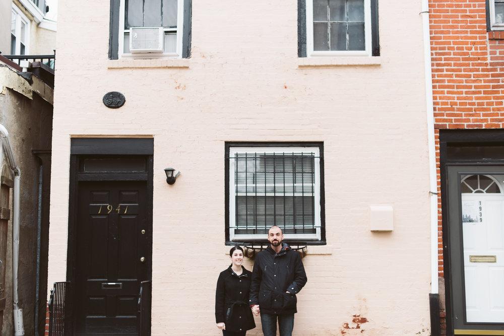 Philadelphia-Engagement-Photographer-Rittenhouse-Square-Peaberry-Photography-5.jpg