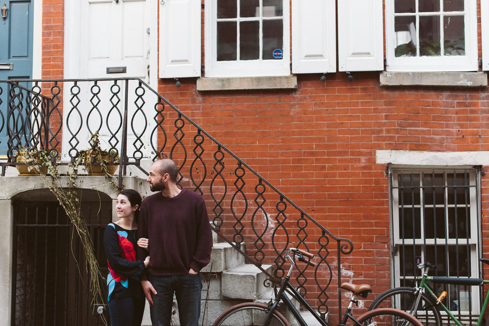 Philadelphia-Engagement-Photographer-Rittenhouse-Square-Peaberry-Photography-15.jpg