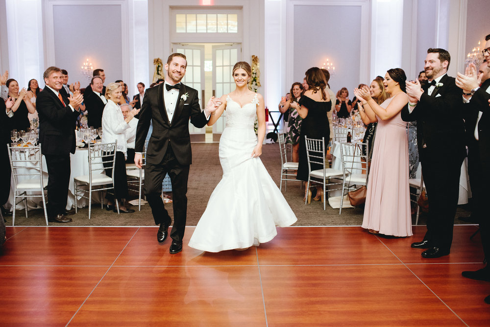 Philadelphia-PA-wedding-Photographer-the-ballroom-at-ellis-preserve-Malvern-prep-peaberry-photography-70.jpg