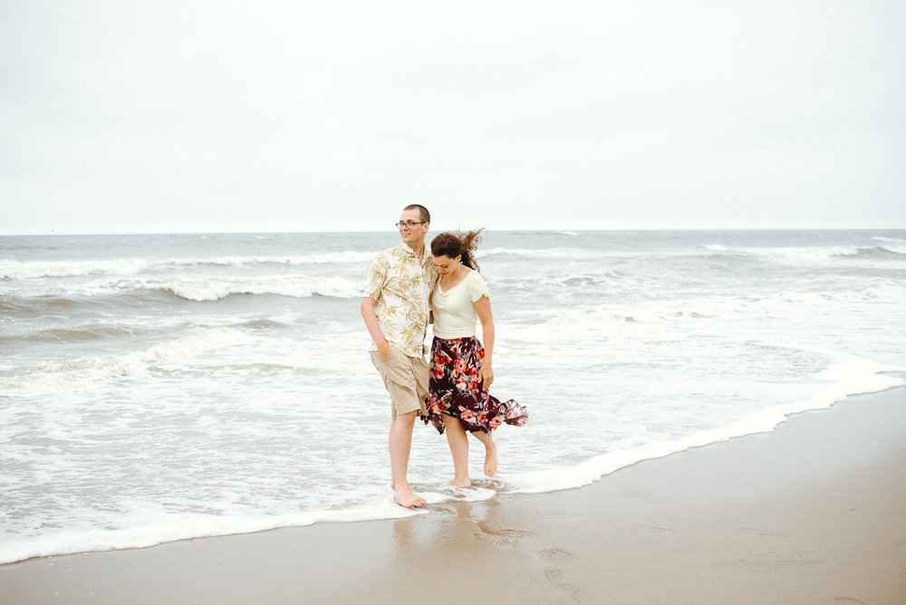 Ocean-City-New-Jersey- Beach-Engagemnt-Peaberry-Photography-Philadelphia-Wedding-Photographer-015.jpg