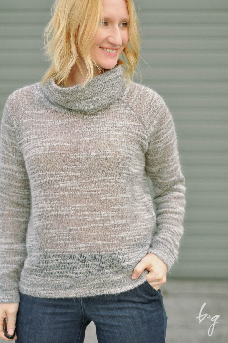 Grainline Linden Sweatshirt with Cowl-Neck Modification
