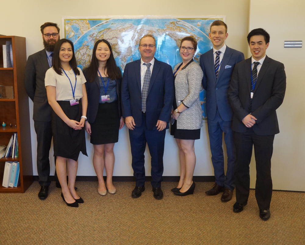 (L-R) Dominic Rose (Sir Walter Murdoch School of Public Policy and International Affairs) Almira De Vera (University of South Australia), Susan Deng (UNSW Co-op Scholar), Mr Barry Sterland (IMF Executive Director), Sarah-Joy Pierce (QUT Business School), Tom Perfrement (UNSW Co-op Scholar), Tony Chen (University of Melbourne, Faculty of Business and Economics)