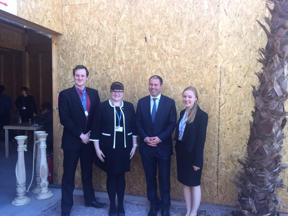 Global Voices met with Minister Josh Frydenberg in Marrakech. The delegates discussed their research papers as well as Australia's recent ratification of the Paris Agreement.