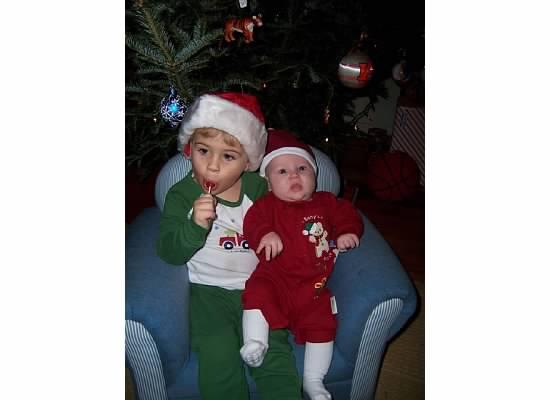 E and S Christmas 2006.jpeg