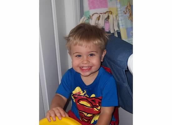E in Superman shirt 2006.jpeg