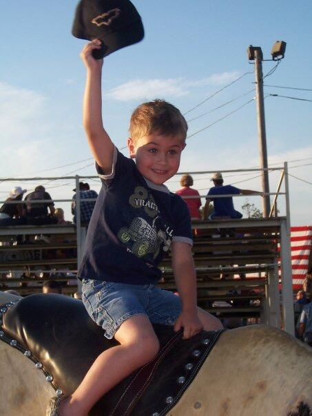 E bull riding 2009.jpeg
