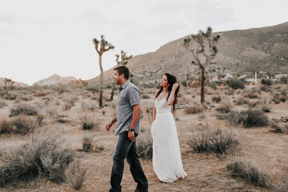 Desert_Engagement_MelissaMarshall_10.jpg