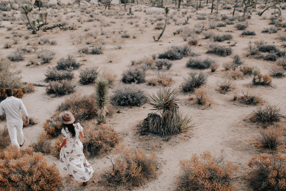 Desert_Engagement_MelissaMarshall_21.jpg