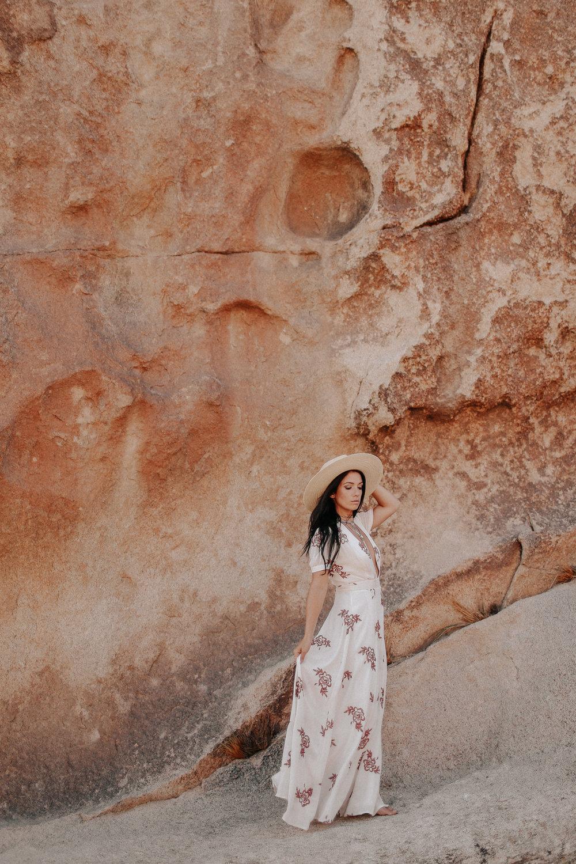 Desert_Engagement_MelissaMarshall_22.jpg