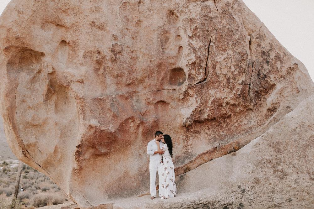 Desert_Engagement_MelissaMarshall_27.jpg