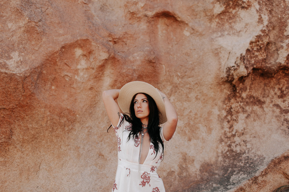 Desert_Engagement_MelissaMarshall_31.jpg