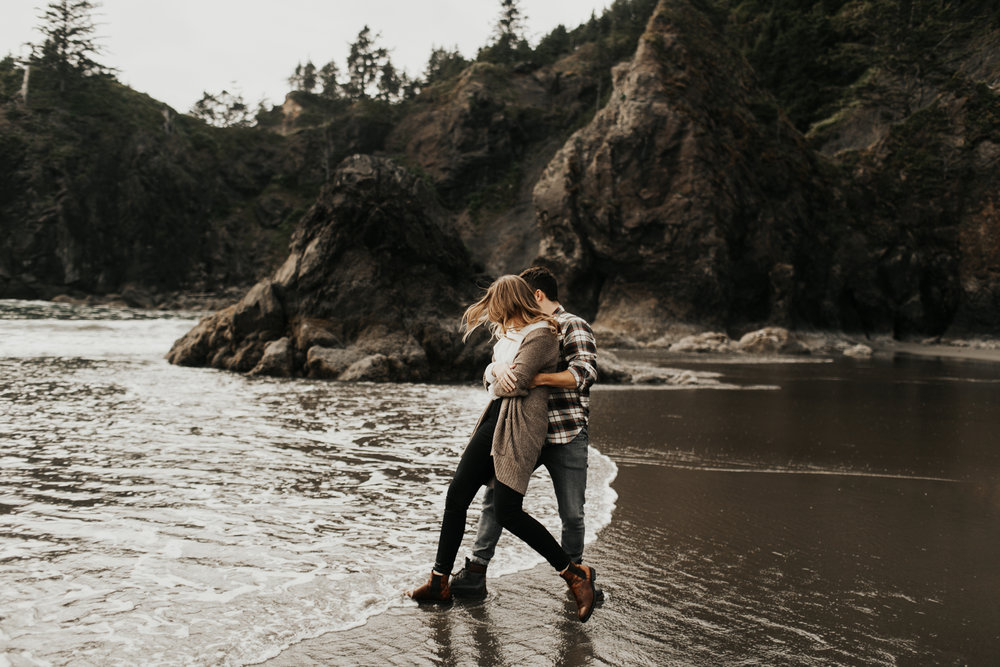 La_Push_Washington_Coast_Engagement-6.jpg