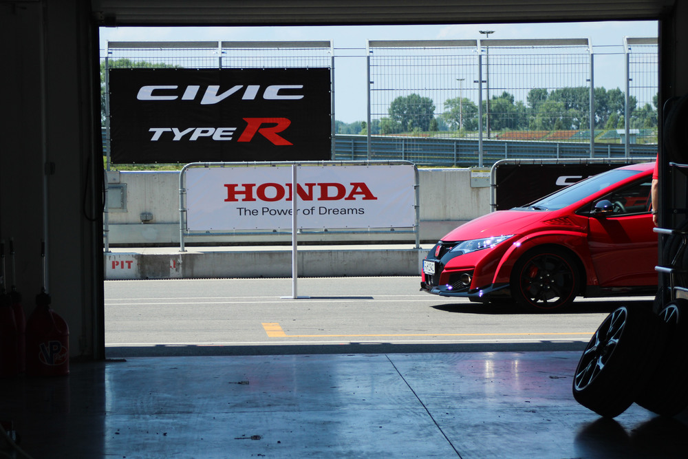 Honda Civic Type R - Slovakia Launch
