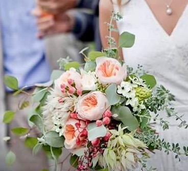 Styling / Wedding planner : CAFE CARAVANE  cafe-caravane.ch/   Photo: L. Conesa  annecy-photo-mariage.com