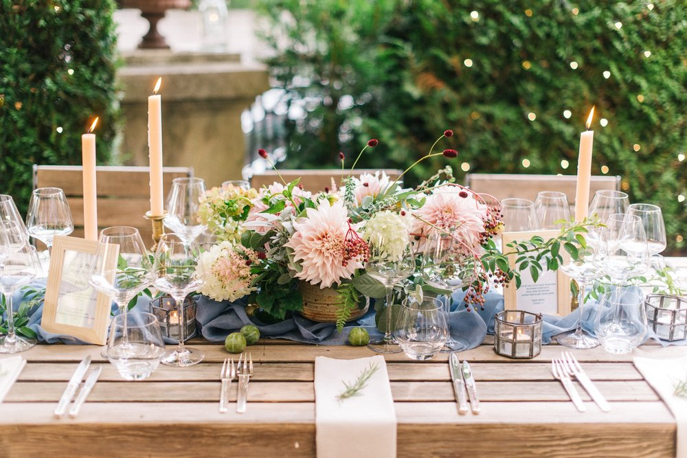 Styling / Wedding planner : averyspecialday.ch Photography / photographie : mailysfortune.com