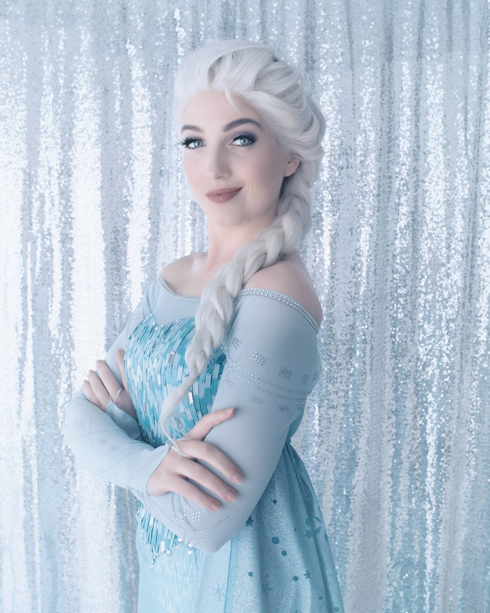 "The Frozen Queen Elsa singing ""Let it Go"""