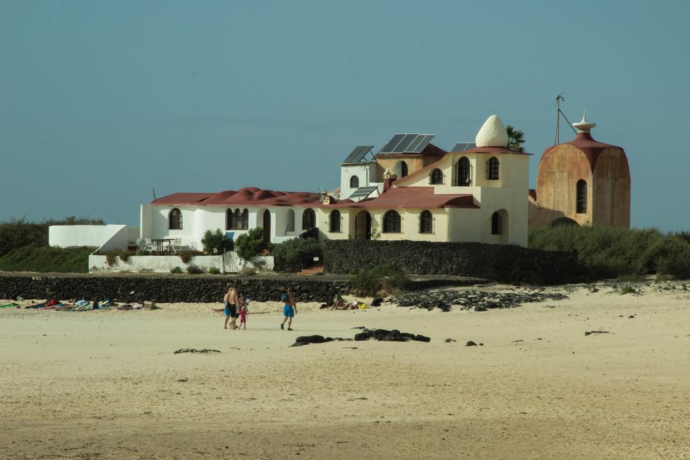 Day4_La_Concha_Beach_3.jpg
