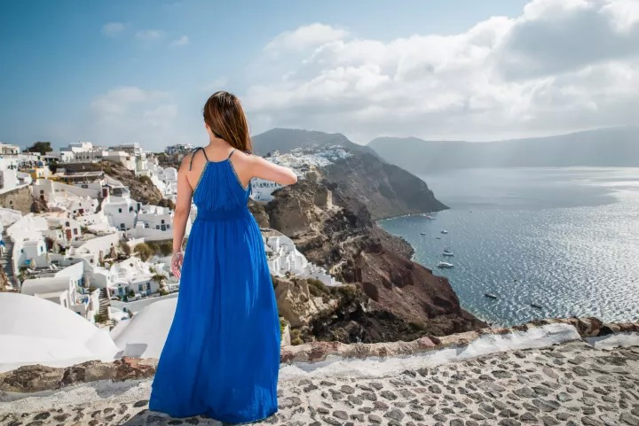 Proposal photographer in Santorini