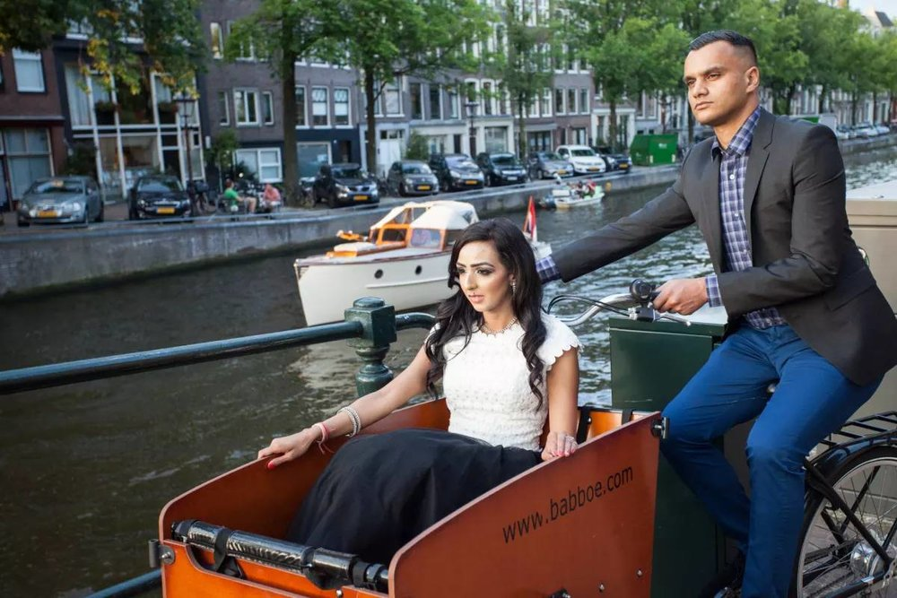 Engagement photographer in Amsterdam