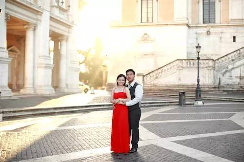 Honeymoon photographer in Rome