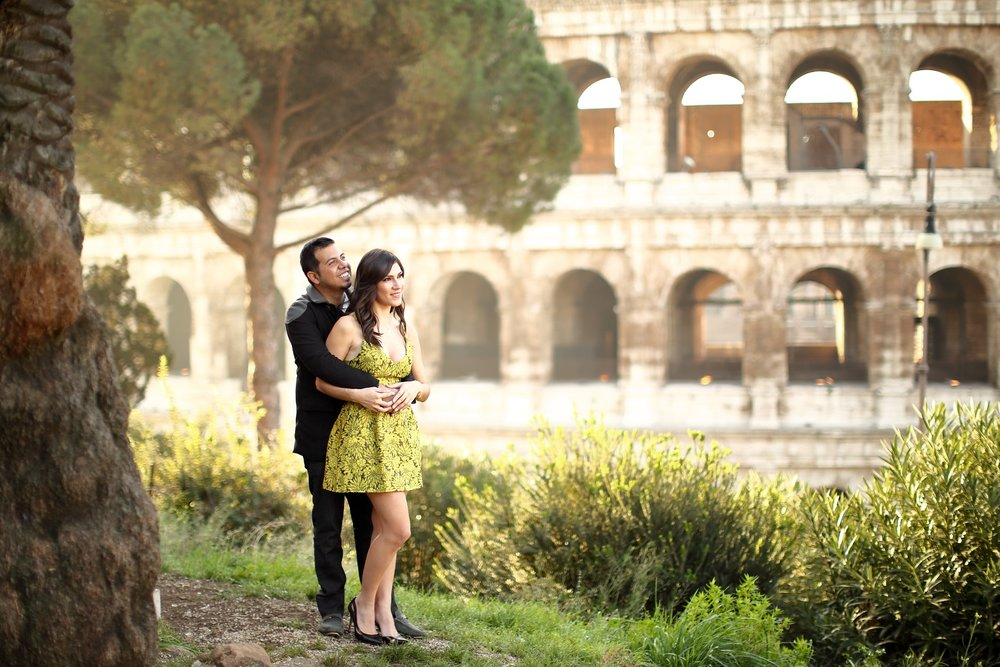 Engagement photographer in Rome