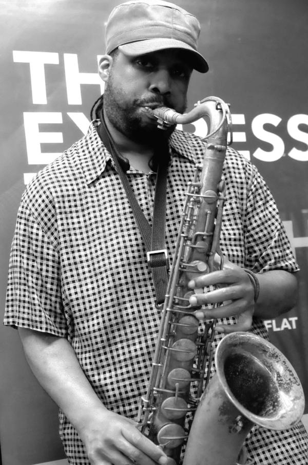 E-Flat-The Express. Don on Sax at 23rd St. / © Kiki Provatas. No usage without permission