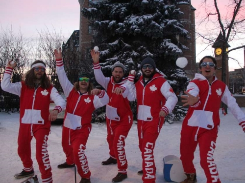 Members of Team Canada for the world Yakigassen championship will lead Saskatoon's efforts to break the record for the world's biggest snowball fight.