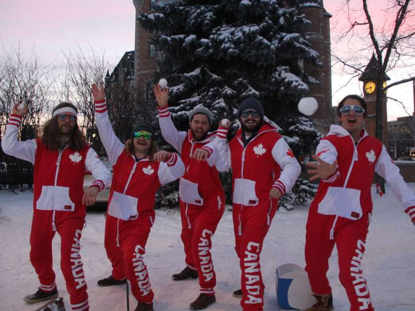 Canada's national snowball fight team have helped organize the attempt to put Saskatoon's snowball fight into the Guinness book of world records.