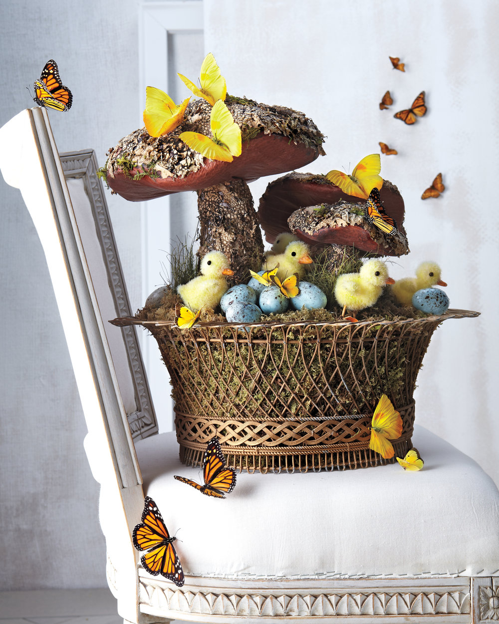 MLD109766-Easter-Basket-Butterflies-017.jpg