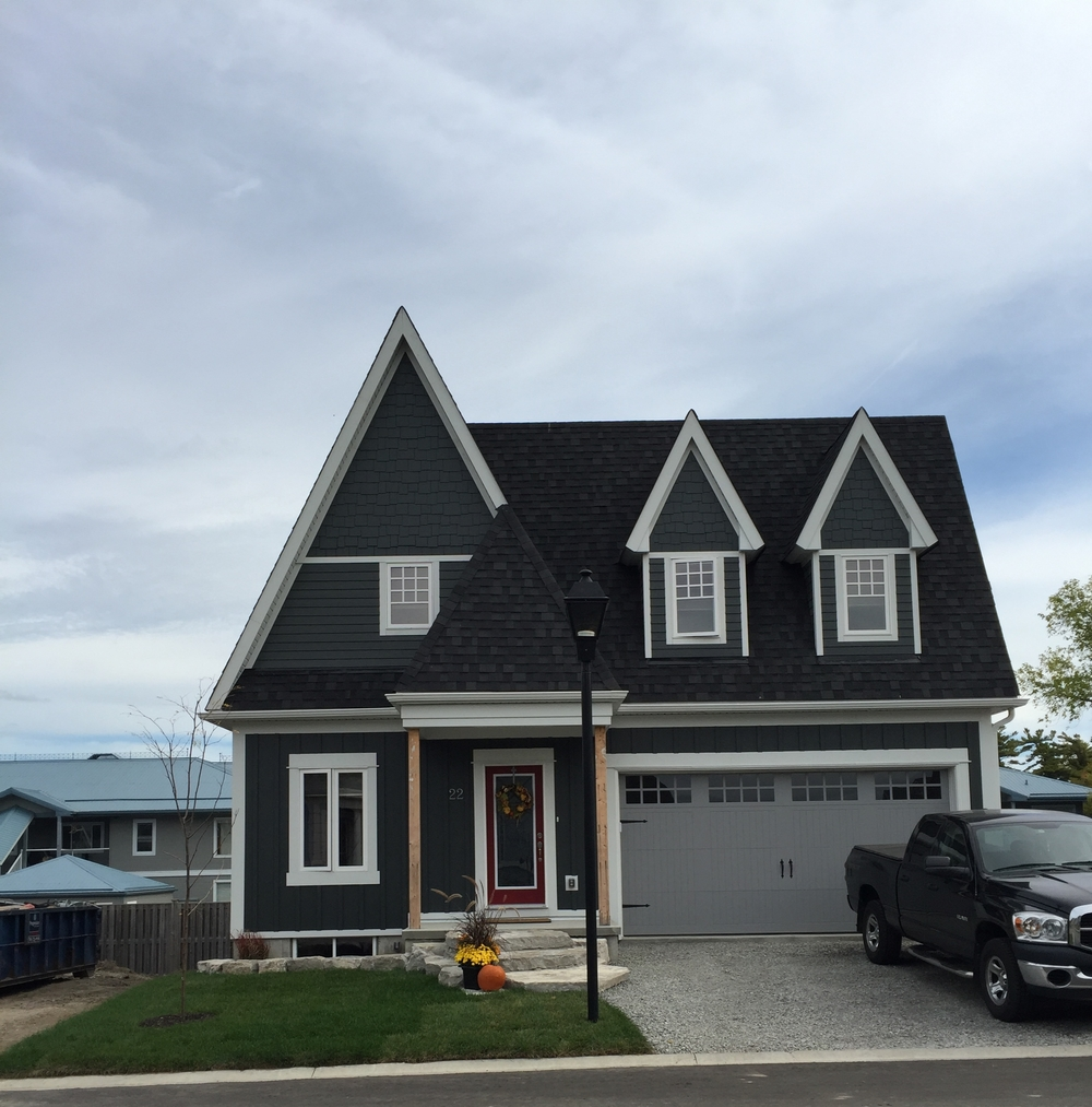 Lake Simcoe waterfront homes