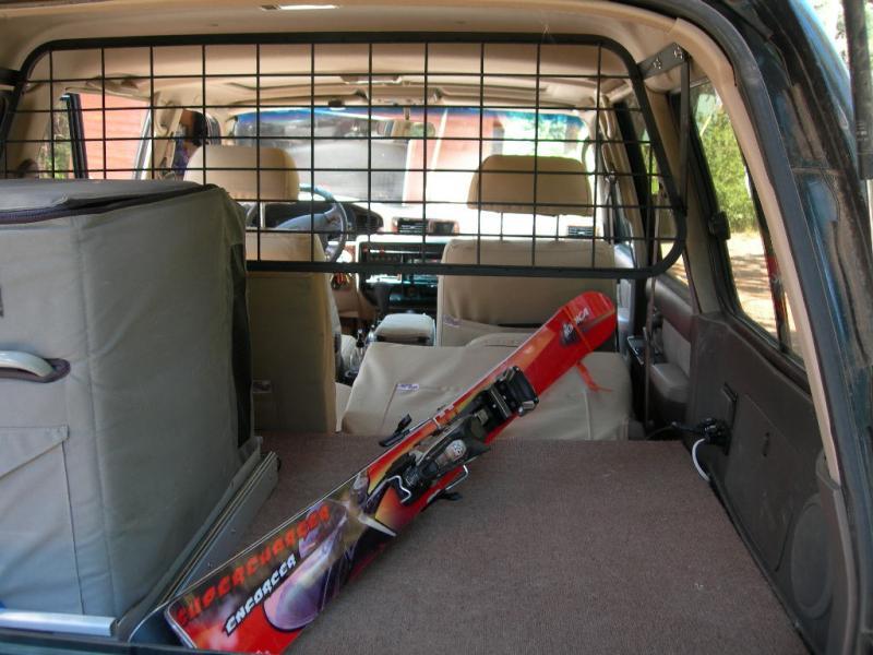 cargo_fridgeskis.jpg