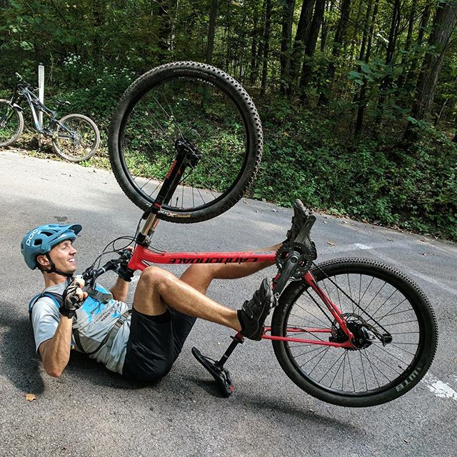 @mattbarnesisnaked demos how to not mountain bike