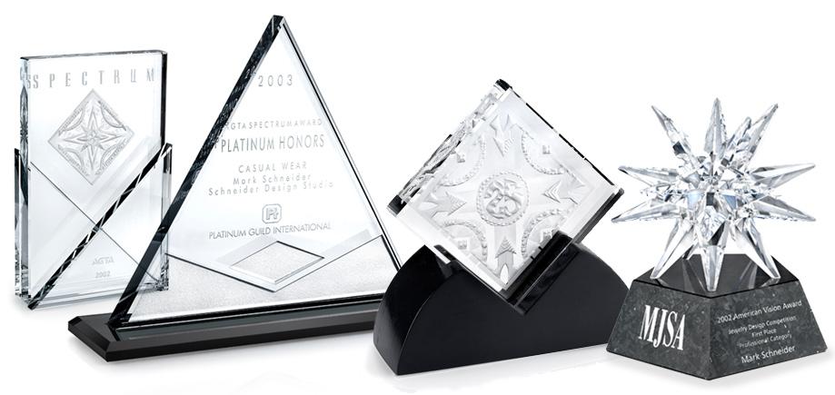 Landing-Awards-and-Recog.jpg